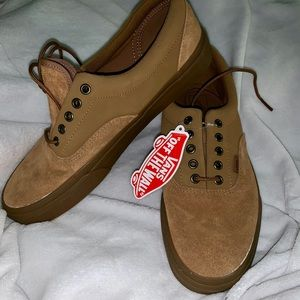 Vans men's tan suede shoe size 11